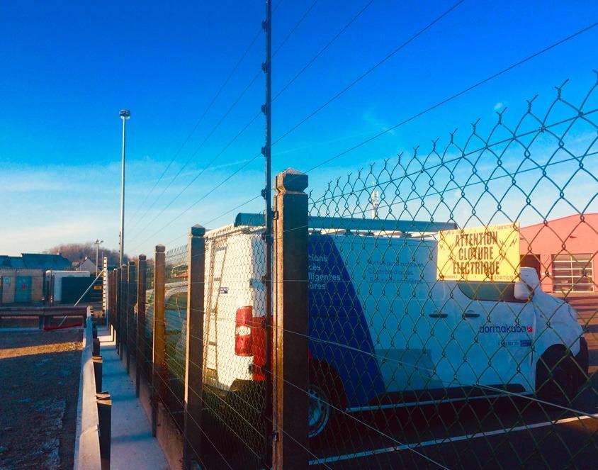 Eviter les intrusions grâce à la clôture électrique