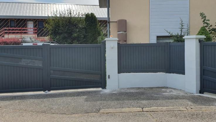 Ensemble portail-portillon-clôture